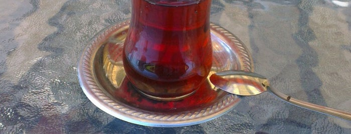 Gloria Residence is one of Posti che sono piaciuti a Göktuğ Gökhan.