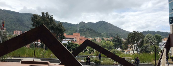 SAP Colombia is one of สถานที่ที่ Silvina ถูกใจ.
