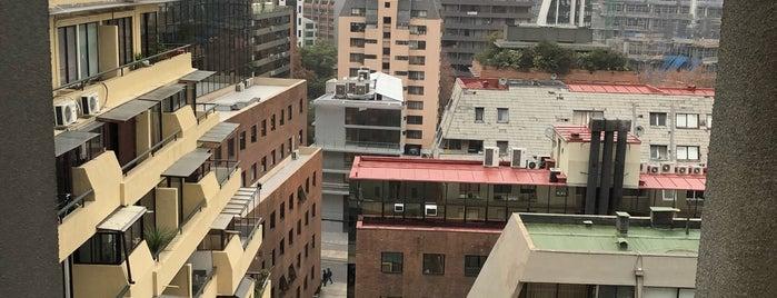 DoubleTree by Hilton Santiago - Vitacura is one of Lugares favoritos de Alberto.
