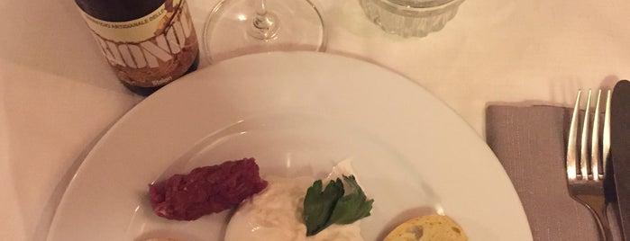 Osteria del Pettirosso is one of American Express - Venue list.