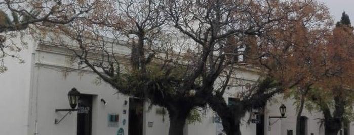 Sol y Luna is one of Orte, die Juan gefallen.