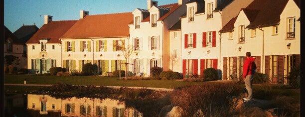 Hôtel Marriott's Village d'Île-de-France is one of Posti salvati di Mona.