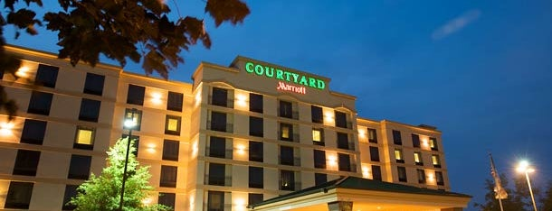 Courtyard Louisville Airport is one of Mammoth 2018 Trip.