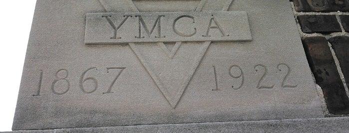 Plainfield Area YMCA is one of Adam'ın Beğendiği Mekanlar.