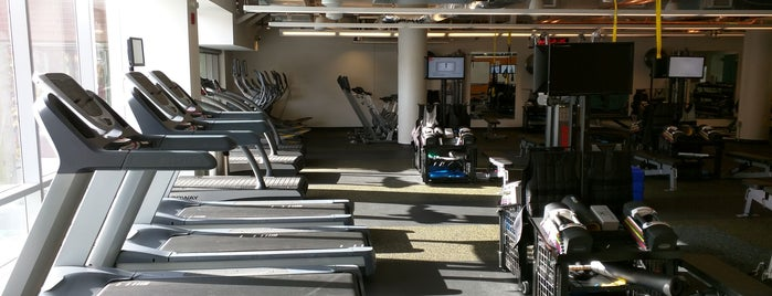 Google Fitness Center is one of Locais curtidos por Jesse.