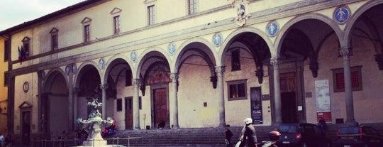 Piazza della Santissima Annunziata is one of 101 posti da vedere a Firenze prima di morire.