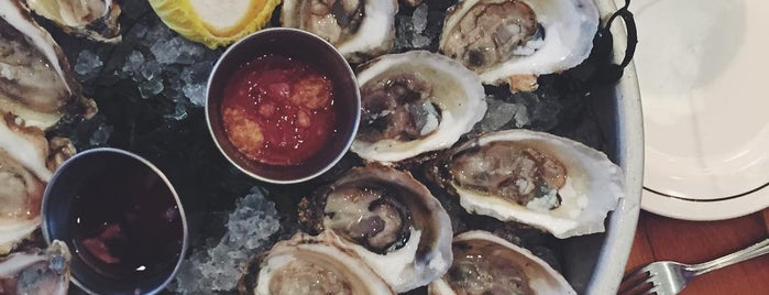 20 Outstanding Oyster Happy Hours in NYC