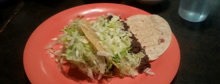 Cholitas Mexican Restaurant is one of Restaurants I Want To Try.