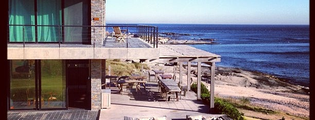 Playa Vik is one of Tempat yang Disukai Maria Sofia.