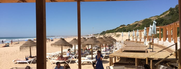 Chiringuito  Atenas is one of Chiclana in summer.