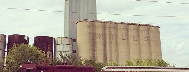 Grapevine Historic District Train Yard is one of Dallas.