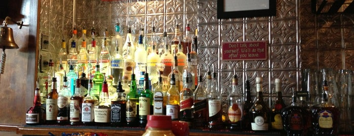 Maddy's Bar and Grille is one of crash course: dc.