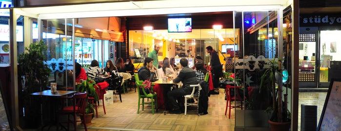 Coffee Cuba is one of Lieux sauvegardés par Muge.