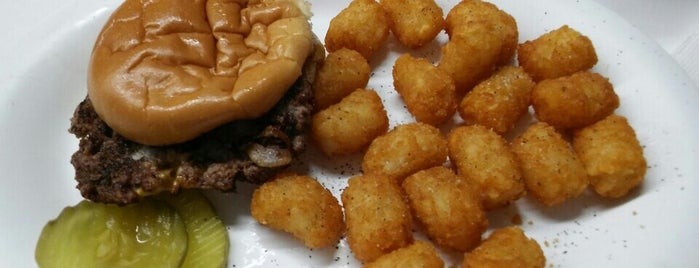 Hayes Hamburgers & Chili is one of Northtown.