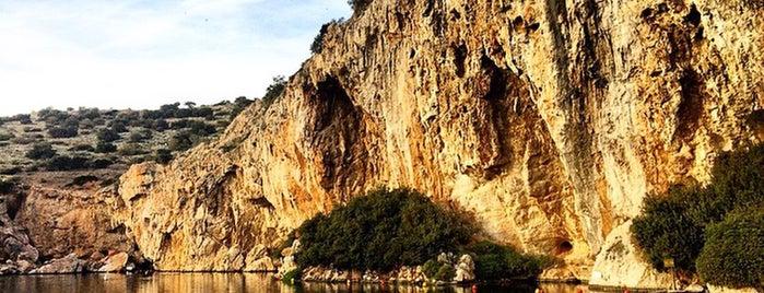 Vouliagmeni Lake is one of Marie 님이 좋아한 장소.
