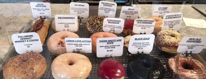The Doughnut Project is one of Lisaさんのお気に入りスポット.