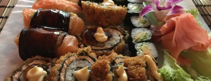 Hatsukoi sushi & wok is one of สถานที่ที่ Jeroen ถูกใจ.