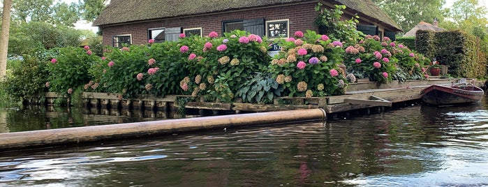 Klein Giethoorn is one of Amsterdam.