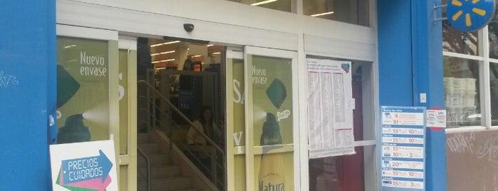 Walmart is one of Lieux qui ont plu à Christian.
