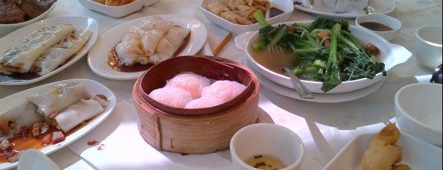 Miliken Bar and Restaurant 金鐘閣 is one of Mange avec moi.