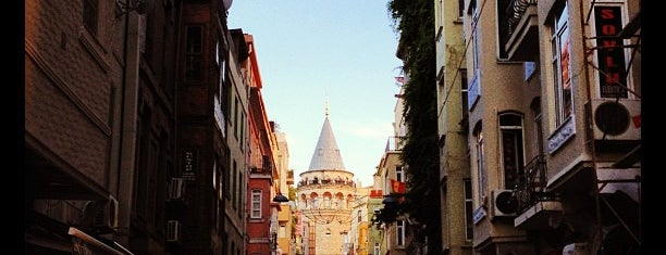 Torre di Galata is one of Tarihistanbul.