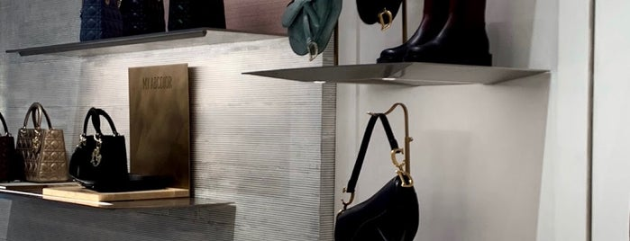 Dior is one of Roy'un Beğendiği Mekanlar.