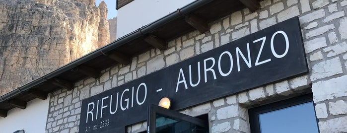 Rifugio Auronzo is one of Locais curtidos por Marcella.