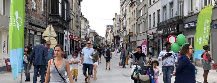 Chaussée d'Ixelles / Elsensesteenweg is one of Posti che sono piaciuti a Valérie.