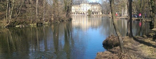 Seeschloss Monrepos is one of Posti che sono piaciuti a Sven.
