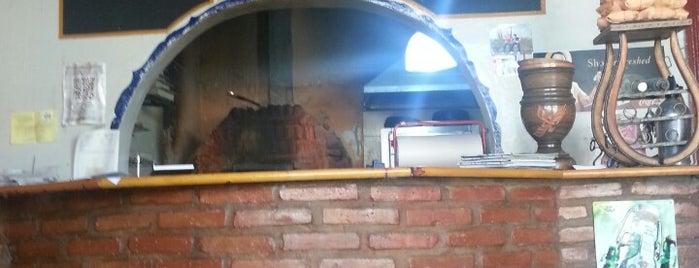 pizzeria cervando is one of Tempat yang Disukai Agustin.