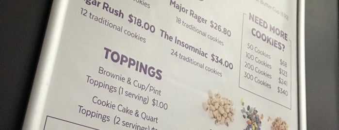 Insomnia Cookies is one of Locais salvos de Howard.