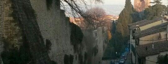 Villa Belvedere Campoli San Casciano in Val di Pesa is one of Chianti Classico Producers.