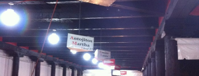 "Mercado De ""Antojitos"" is one of Locais curtidos por Mariana."
