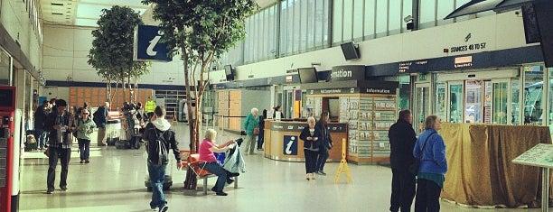 Buchanan Bus Station is one of Lieux qui ont plu à Dan.
