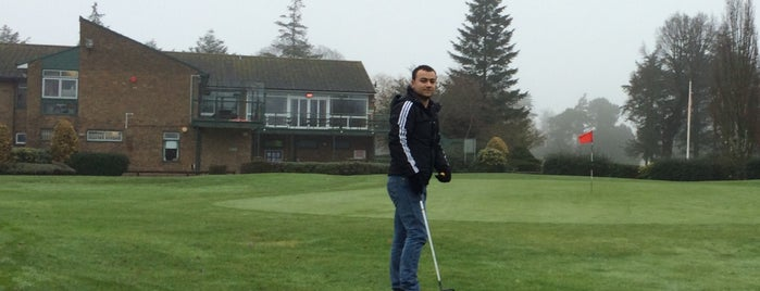 Stockwood Park Golf Club is one of Carl'ın Beğendiği Mekanlar.
