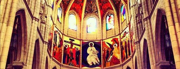 Santa Iglesia Catedral de Santa María la Real de la Almudena is one of Madrid.