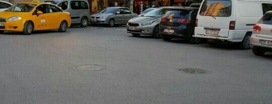 Erenköy İstasyon Meydanı is one of Kayıhan : понравившиеся места.