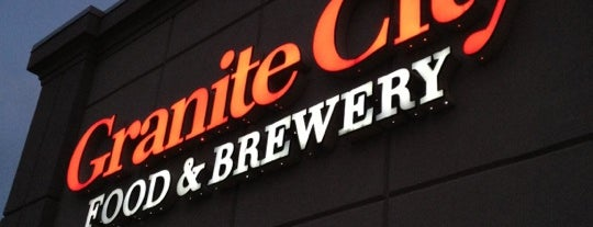 Granite City Food And Brewery is one of Lugares favoritos de Kristen.