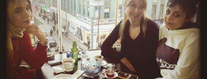 Cafe Biyer is one of Gezdim.
