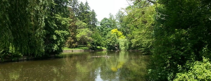Park Maksimir is one of Croacia.
