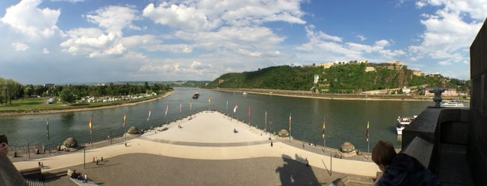 Deutsches Eck is one of Lugares favoritos de Rob.