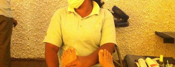 Foot Rub is one of Charmaineさんのお気に入りスポット.