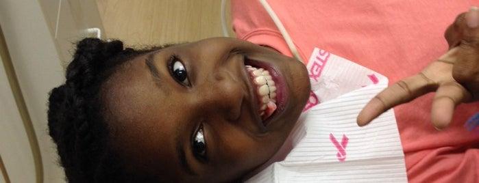 Dental One Associates of Marietta is one of Tempat yang Disukai Merilee.