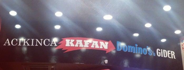 Domino's Pizza is one of สถานที่ที่ Mehmet ถูกใจ.