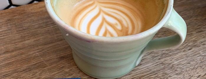 Barrio Collective Coffee is one of Lugares guardados de James.
