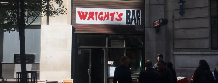 Wright's Bar is one of Lugares favoritos de cui.