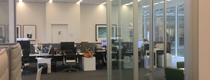 New York Times - Newsroom is one of Nueva York y Washington.