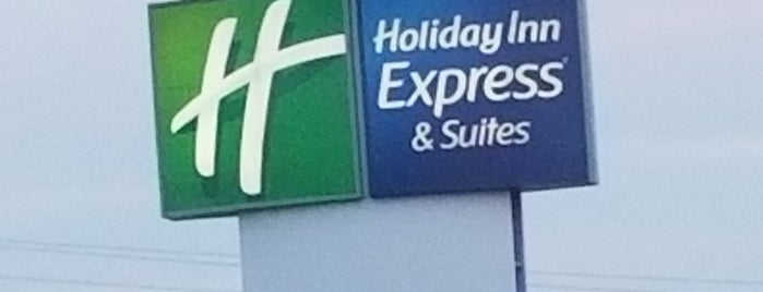 Holiday Inn Express & Suites Batesville is one of Locais curtidos por Michael.