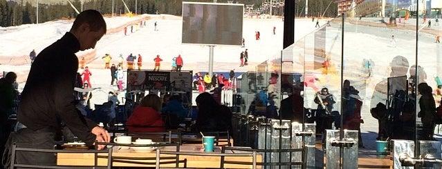 Apres-ski bar is one of Suzan🌺 님이 좋아한 장소.