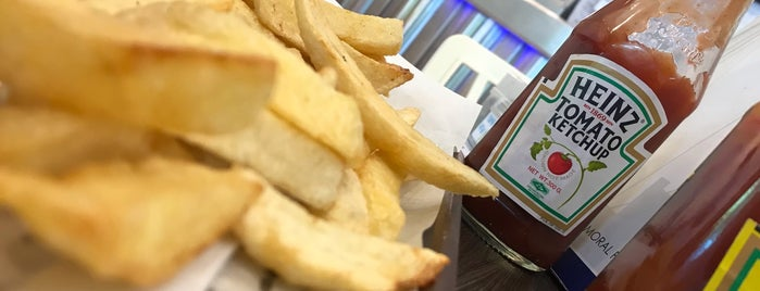 Smiths Authentic British Fish & Chips is one of Micheenli Guide: Uncommon cuisines in Singapore.